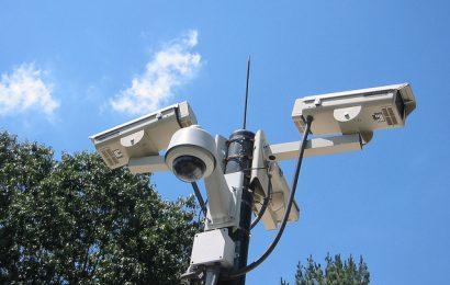 公園の防犯カメラ