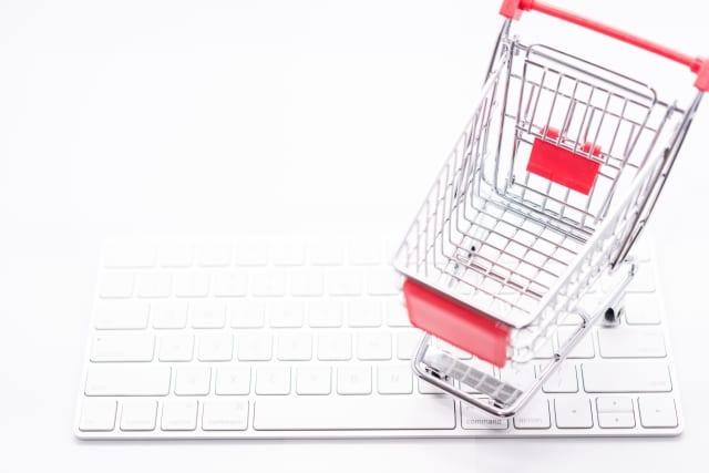 買い物かごとキーボード