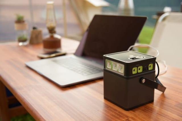 ポータブル電源でPCを充電