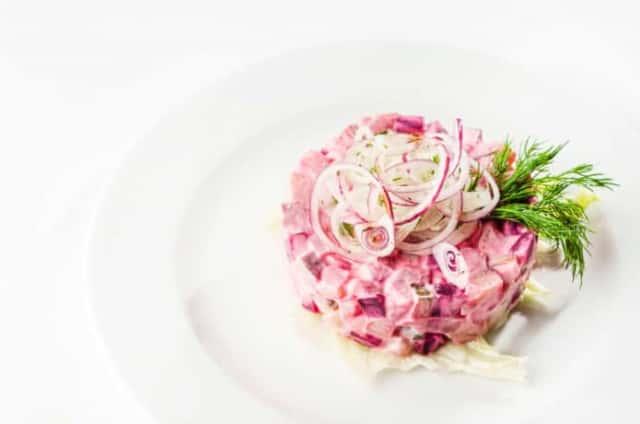 ノーザンルビーを使った、ピンク色が優しくなるポテトサラダ