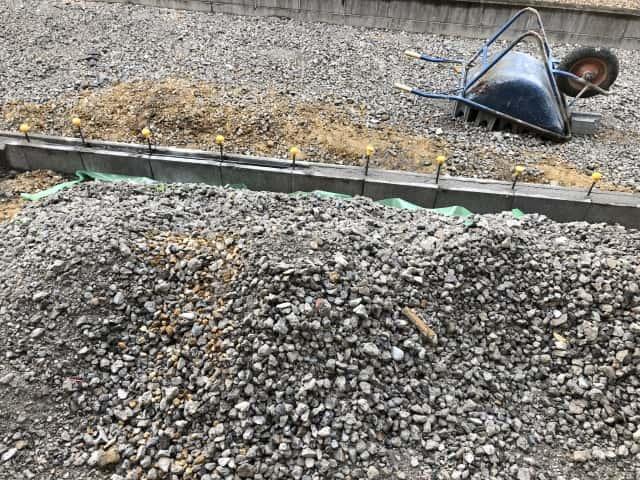 砂利の施工