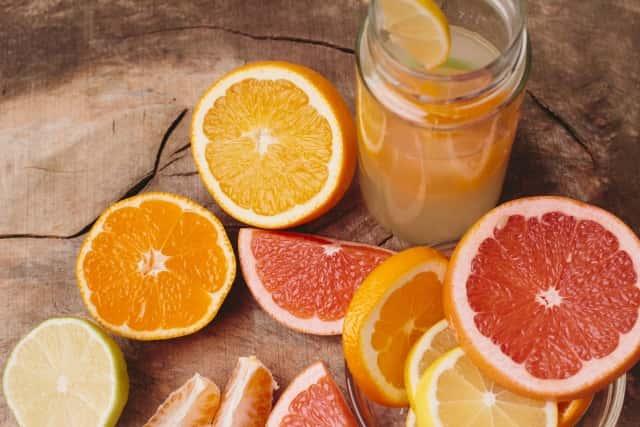 柑橘類のジュース