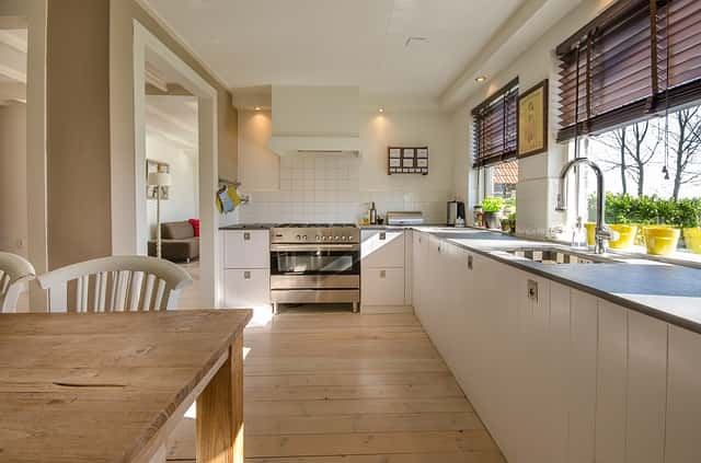 きれいに掃除されたキッチン