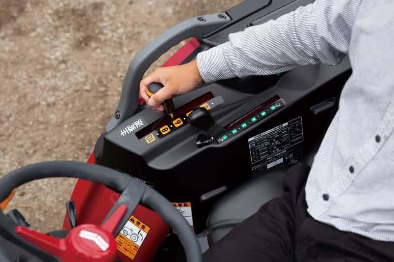 トラクターの操作レバー
