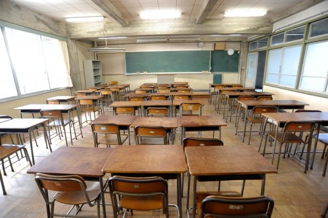 無人の教室