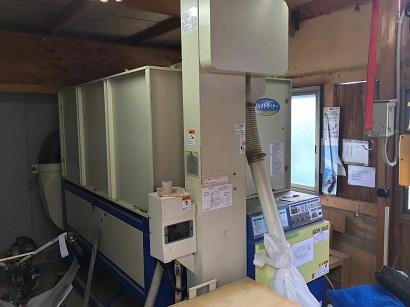 作業小屋にある乾燥機
