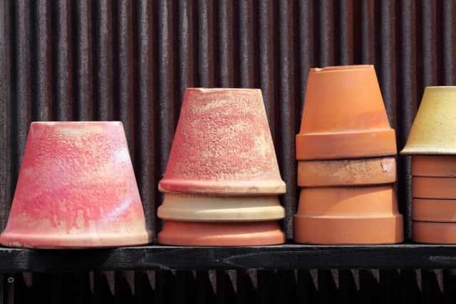 素焼きの植木鉢